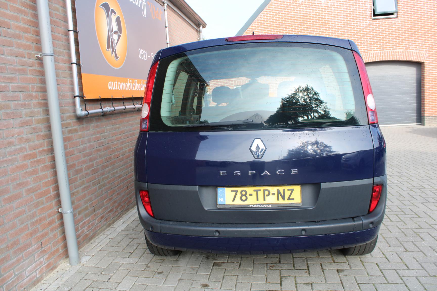 Renault-Espace-15