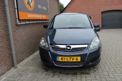 Opel-Zafira-1