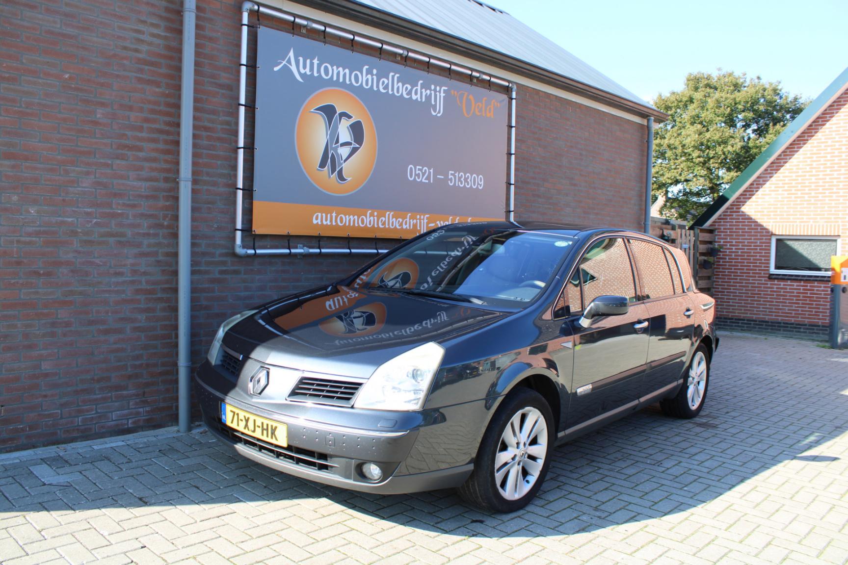 Renault-Vel Satis-0