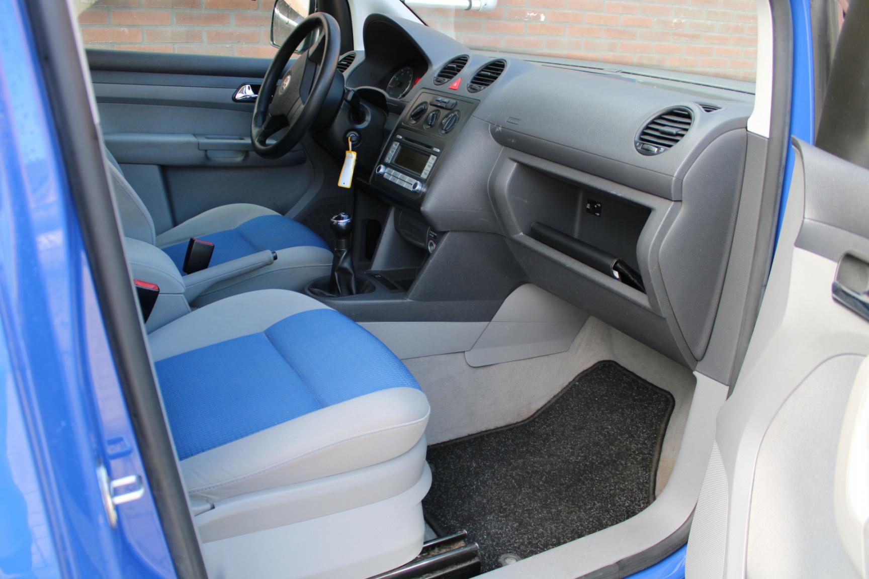 Volkswagen-Caddy-18